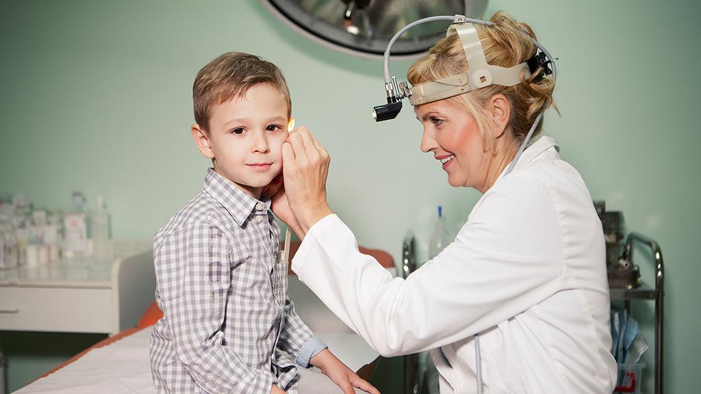 Mittelohrentzündung: Symptome, Dauer, Behandlung Kind/Erwachsener,was kann man tun?