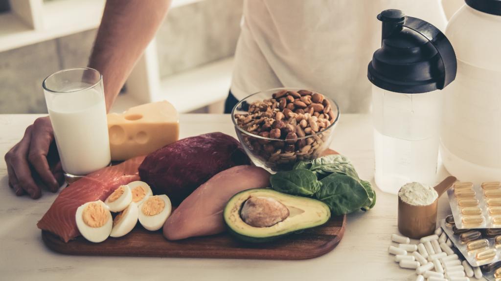 Die 23 besten proteinreichen Lebensmittel zum Muskelaufbau