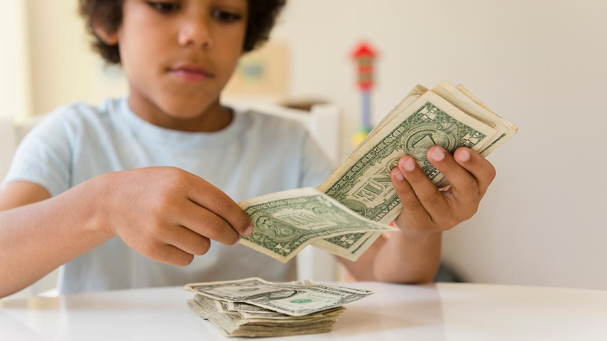 Was Bekommt Ein Asylant An Geld