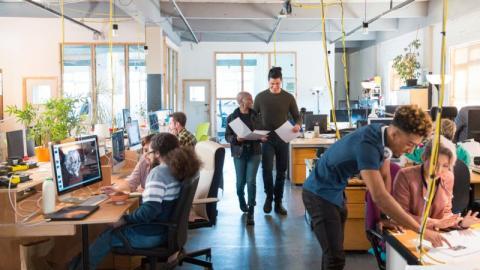 Open Space: So wirkt sich ein Großraumbüro auf unsere Psyche aus