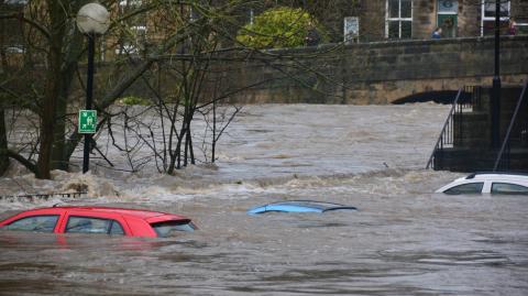 Katastrophale Ausmaße nach Überschwemmungen: Todeszahlen explodieren