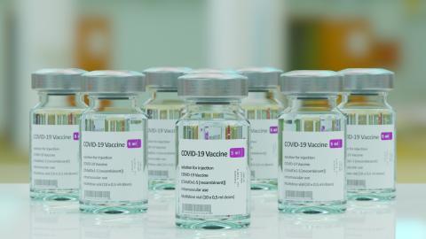 COVID-Impfstoff in reichen Ländern: 100 Millionen Impfdosen könnten bis Dezember verfallen!