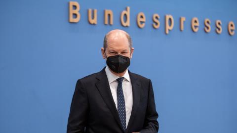 Olaf Scholz: Billigflüge innerhalb von Europa sollen abgeschafft werden