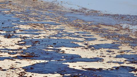 Russland: Bilder eines verschmutzten Flusses zeigen Ausmaß einer drohenden Ölpest