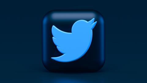 Mann kauft ersten Tweet der Geschichte für fast 3 Millionen Dollar
