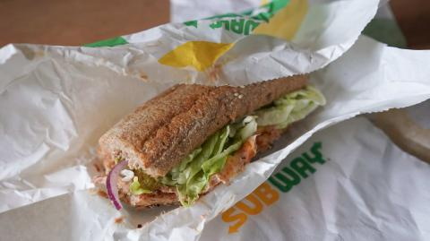 Unglaublicher Vorwurf: Thunfisch-Sandwich von Subway soll gar keinen Thunfisch enthalten!