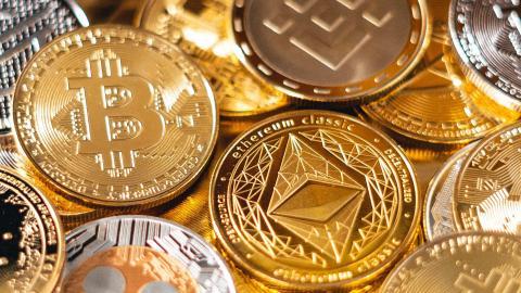 Alle wichtigen Kryptowährungen stürzen ab, nachdem El Salvador Bitcoin zur offiziellen Währung macht