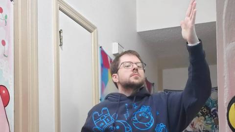 Junger Mann nimmt auf erstaunliche Weise 57 Kilo beim Zocken ab