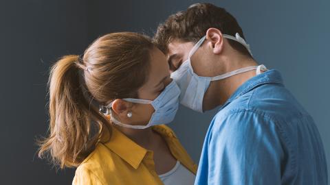 Coronavirus und Sexualität: So drastisch sind die Auswirkungen auf Beziehungen