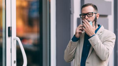 Raucher und das Coronavirus: Studie sendet klares Warnsignal