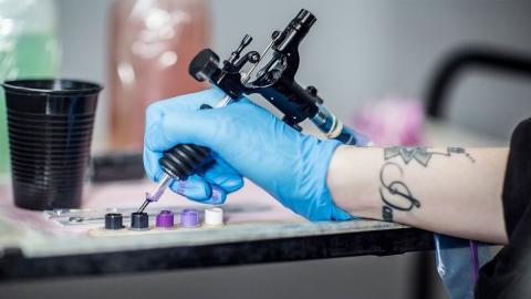 Europäische Studie: Krebserregende Substanzen in Tattoo-Tinten
