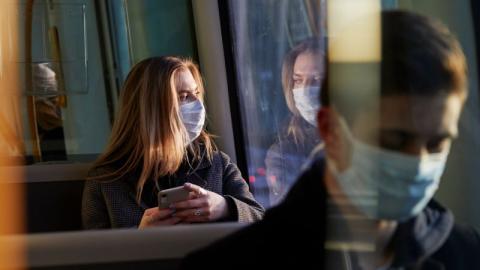 Drastischer Anstieg von Corona-Fällen: Zahlreiche Länder verschärfen Maßnahmen