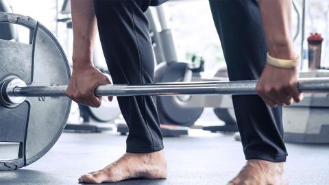 Von 29 Kilo Körpergewicht zum Powerlifting: Mann kämpft sich mit Sport zurück ins Leben