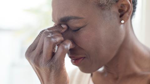 Kopfschmerzen: Wir haben fünf Tipps für euch, die wirklich helfen!