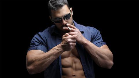 Sport: Das machen Zigaretten mit deiner Muskelmasse
