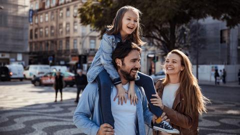 """Nach dem Urlaub: Eltern von Kleinkindern mutieren zu """"Zombies"""""""