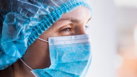 Krankenschwester warnt vor positiven Corona-Tests nach Impfung