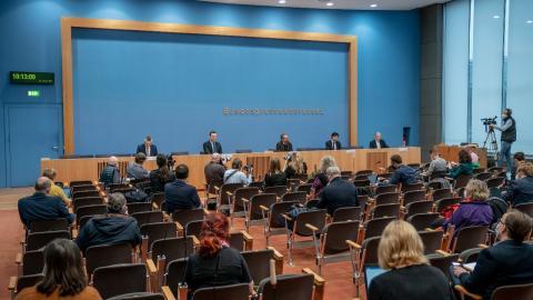 """Ratlose Politiker und Dauer-Lockdown: """"Wut wird irgendwann in Gewalt umschlagen"""""""
