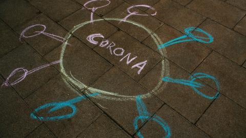 Neue Corona-Studie: Variante B.1.1.7 ansteckender, aber nicht tödlicher