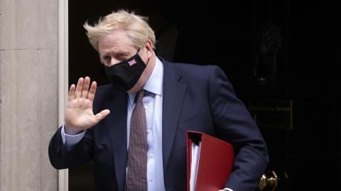 Um zu beweisen, dass Corona harmlos ist: Boris Johnson wollte sich live mit Covid-19 infizieren lassen
