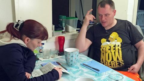 Hartz-IV-Paar: Sie trennt sich, doch der Grund macht fassungslos