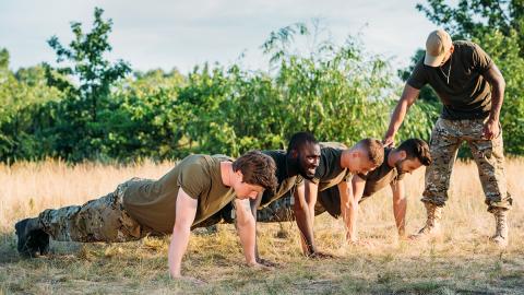"""Knallhartes Army-Training: So sieht das gefürchtete """"Programm 300"""" aus"""