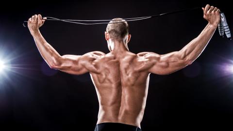 Mit dieser einfachen Übung bekommst du Rückenmuskeln aus Stahl