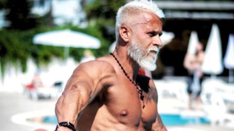 Fitnesscoach gibt Vermögen aus, um älter auszusehen