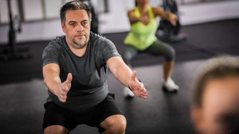 Ultimatives Trainingsprogramm: So wirst du deinen Bauchspeck los