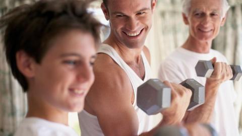 Fit in jedem Alter: So sieht das perfekte Training für Jung und Alt aus