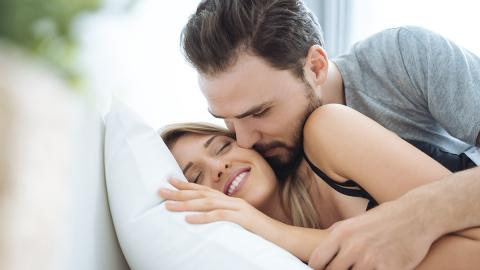 Bettgeflüster: So häufig haben Männer Sex in ihrem Leben