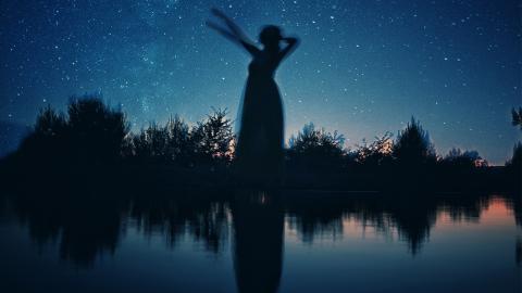 Die Sterne wissen: Das ist deine Traumfrau