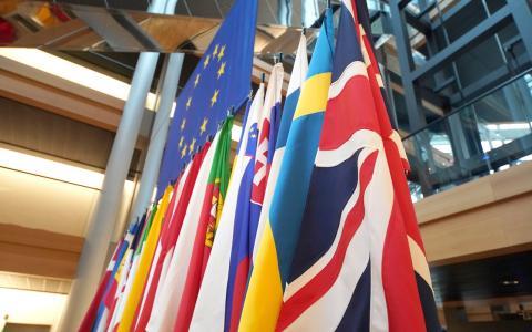 Frankreich plant angeblich das Englische als Amtssprache in der EU abzulösen!