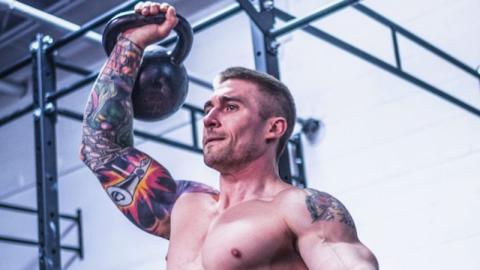 Schulterstärkung: Mit diesen Übungen wird euer Training besonders effizient