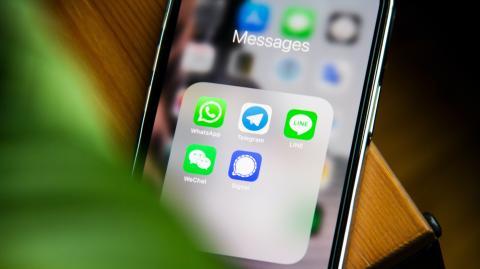 Neue Studie zeigt: Die meisten WhatsApp-Nutzer wechseln zu Facebook