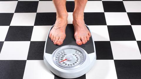 Er nimmt in kürzester Zeit 35 Kilo ab: Das ist sein Geheimnis in vier Schritten