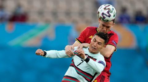 Risiko für Gehirnverletzungen beim Fußball: So gefährlich ist der Kopfball für die Profis!