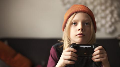 8-jähriges Kind treibt Mutter in Ruin, indem es diesen Knopf auf der Xbox drückt
