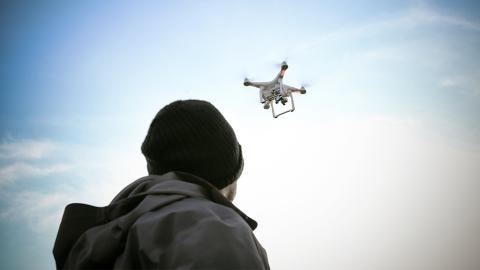 Drohne außer Kontrolle: Geklonter Hund wird zum Lebensretter