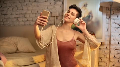 Echt smart: Neue WhatsApp-Funktion für das Versenden von Nacktfotos