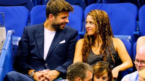 """""""Die Frau von Piqué"""": Der mangelnde Respekt einer Journalistin vor Shakira empört die ganze Welt"""