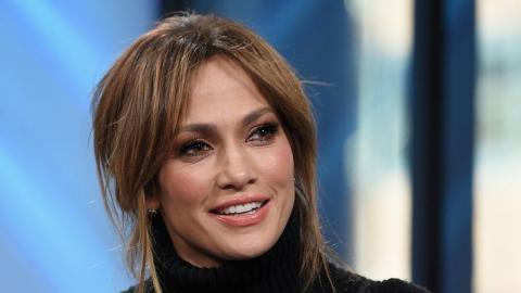 Unglaublich: Jennifer Lopez präsentiert ihre durchtrainierten Bauchmuskeln
