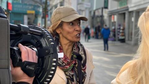 """""""Wir haben alle diese Krise"""": Nadja Abd el Farrag kann bis auf Weiteres nicht arbeiten"""