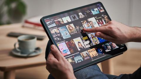 """""""Finger weg"""": Im neuen Netflix-Hit geht es ziemlich heiß her"""