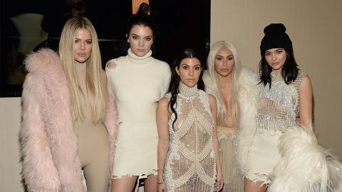 Mitglieder der Kardashians wegen sexueller Belästigung auf der Anklagebank!