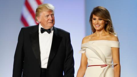 Donald und Melania Trump lassen ihr Symbol der Macht verrotten