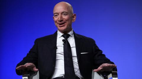Jeff Bezos: Amazon-Chef schließt Megadeal ab