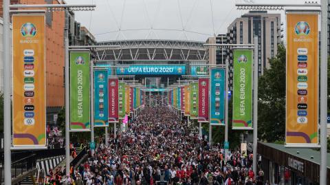 EM-Achtelfinale in Wembley: Engländer missachten Corona-Regeln nach Sieg über Deutschland