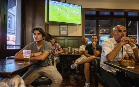 EM-Finale in Wembley: Dieser Flitzer war im TV nicht zu sehen