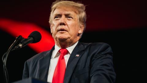 """""""Es lag Liebe in der Luft"""": Donald Trump stellt sich auf die Seite der Kapitol-Stürmer"""